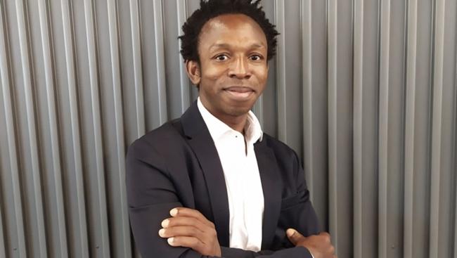 El fundador de l'ONG NASCO Feeding Minds, Ousman Umar, Premi FPdGi Social 2021